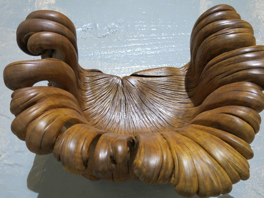 chair-carved-from-single-oak-stump-alex-johnson-11