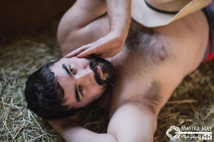 country-style-dudeoir-man-boudoir-photoshoot-masika-may-6