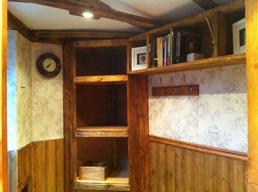 diy-hobbit-house-backyard-ashley-yeates-9