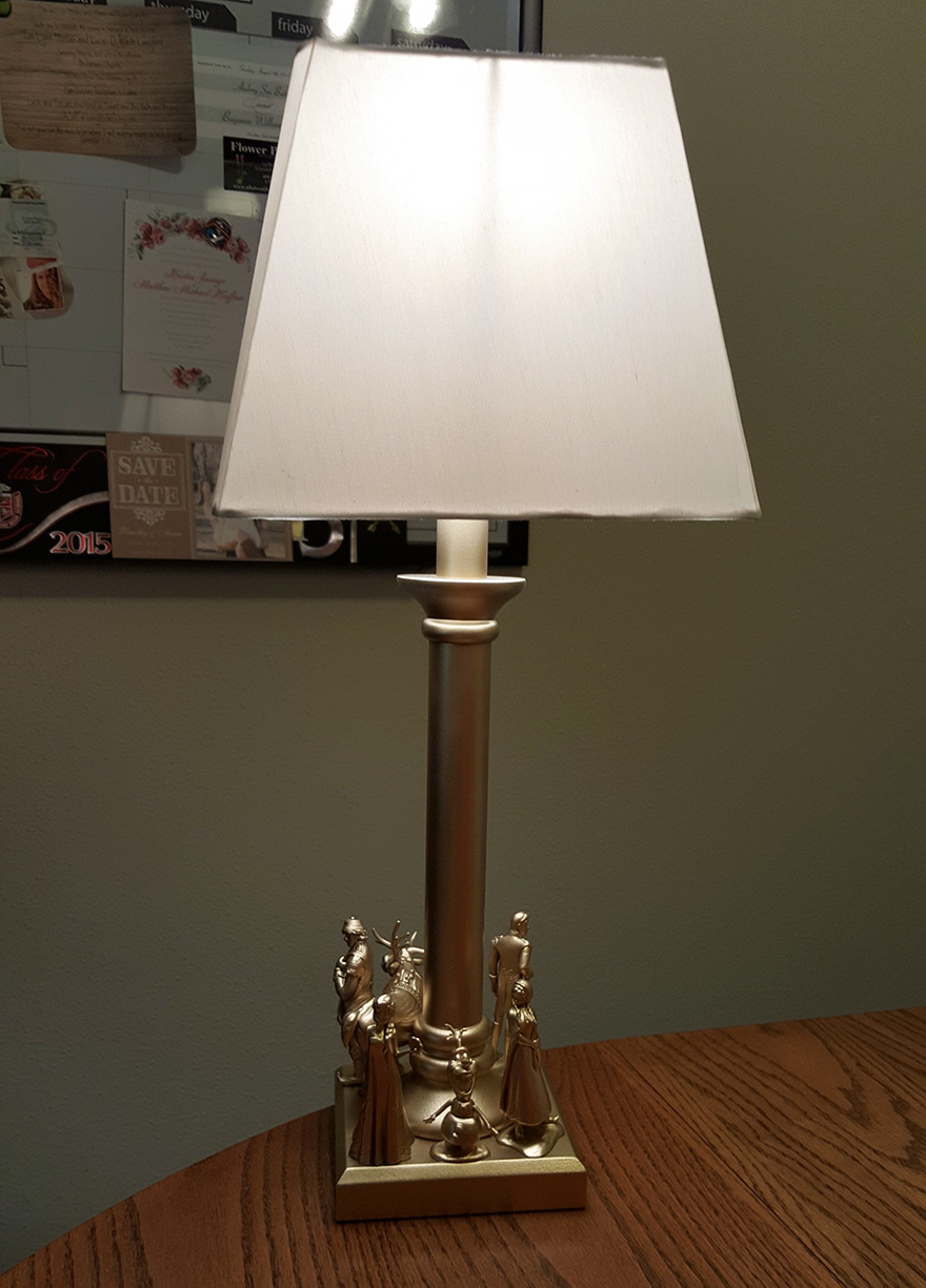diy-toy-lamp-avengers-disney-1