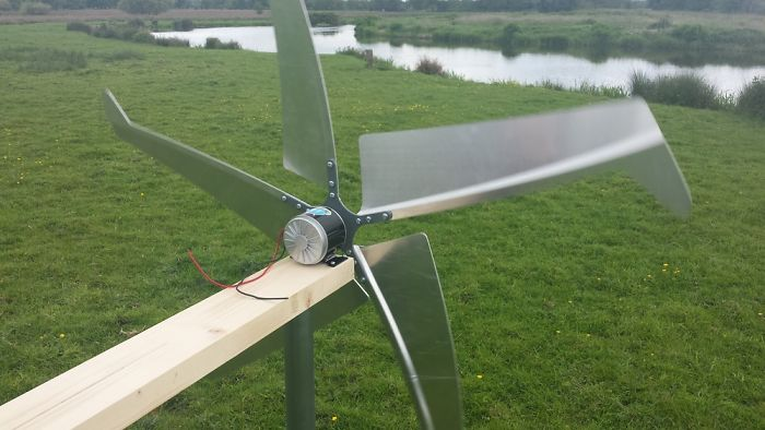 Huge Diy Wind Turbine With Aluminium Blades