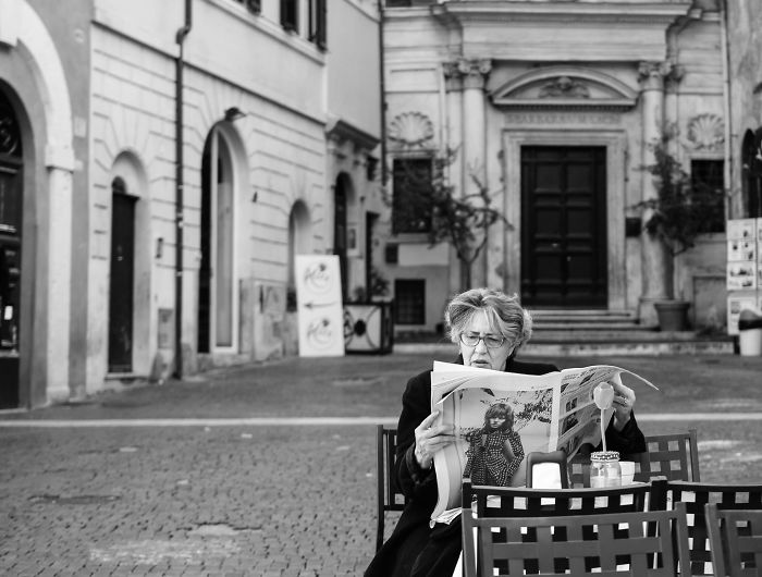 I Photographed The People Of Rome In Black And White