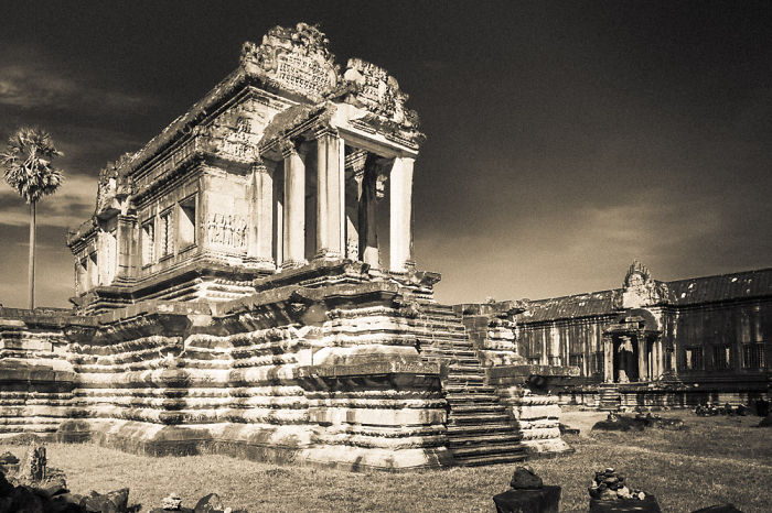 I Photographed The Temples Of Angkor Wat, The Largest Religious Monument In The World