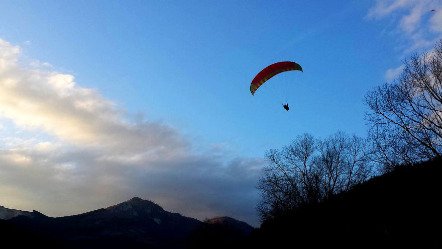 I Started Paragliding To Overcome My Fear Of Heights, And This Is How It Went