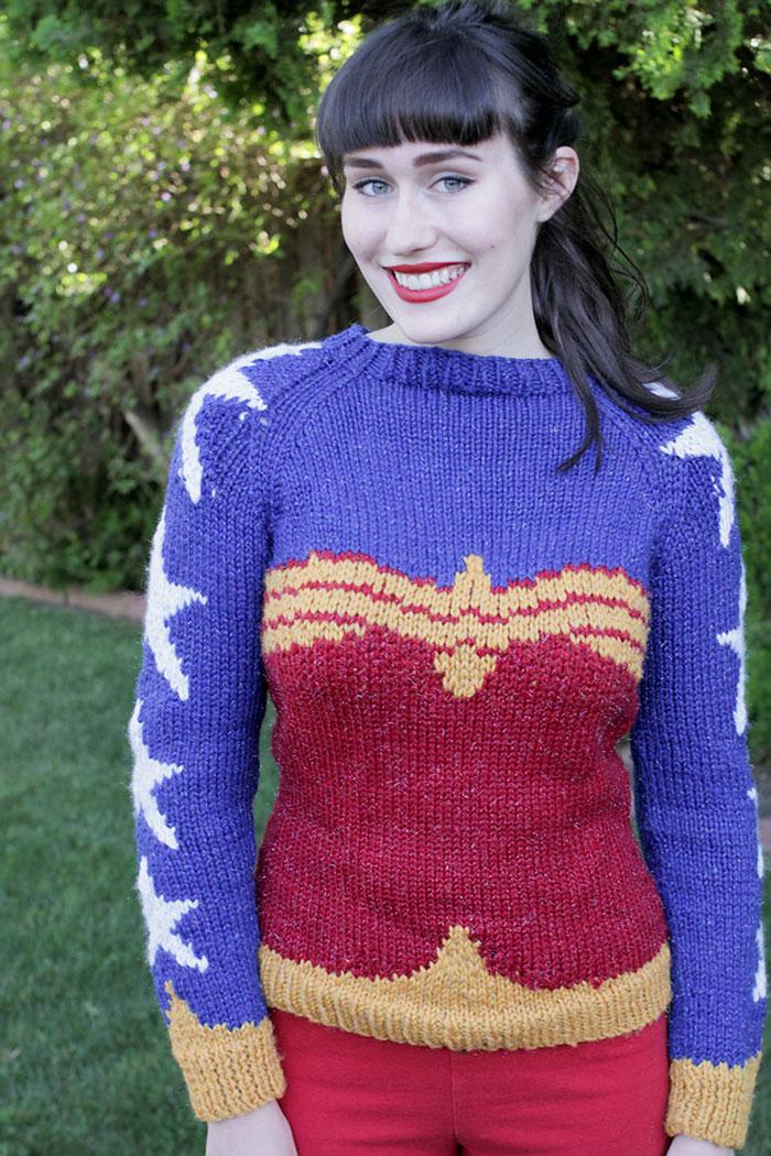knitted-wonder-women-sweater-2