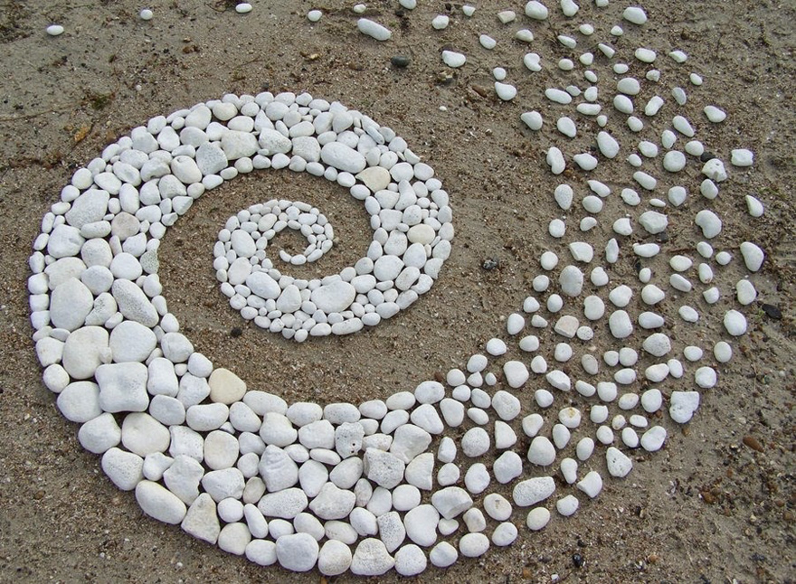 land-art-andy-goldsworthy-8