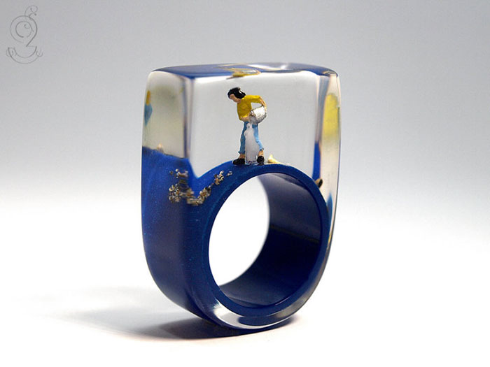 miniature-worlds-inside-jewelry-isabell-kiefhaber-14