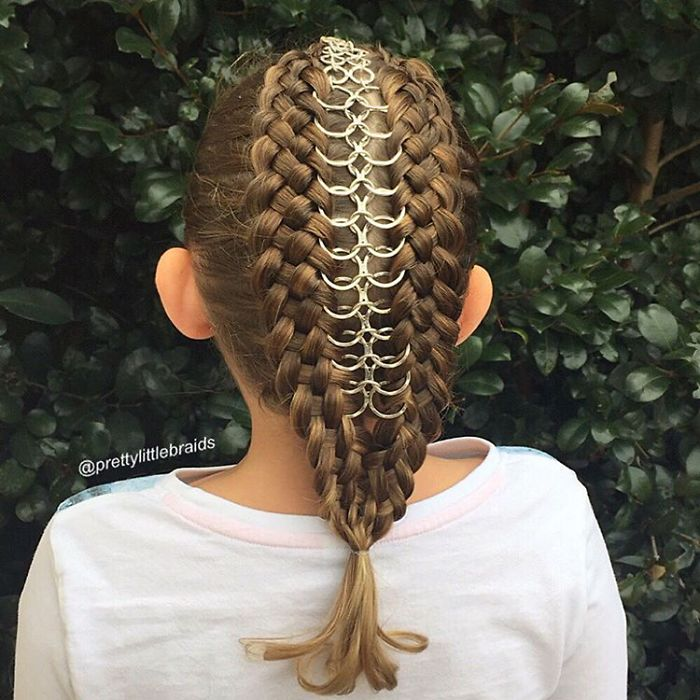Groovy Mom Braids Unbelievably Intricate Hairstyles Every Morning Before Hairstyles For Women Draintrainus