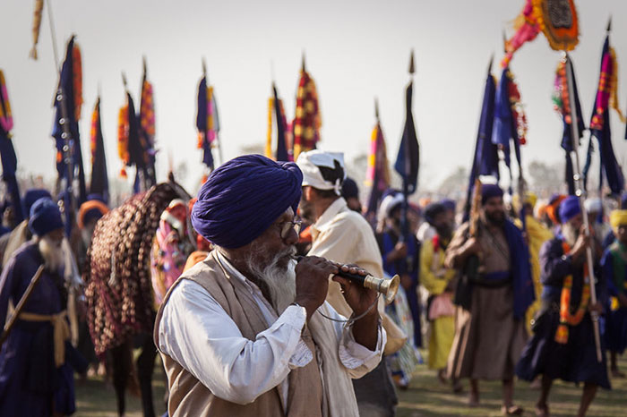 We Traveled To India And Photographed The Colorful Hola Mohalla Celebration