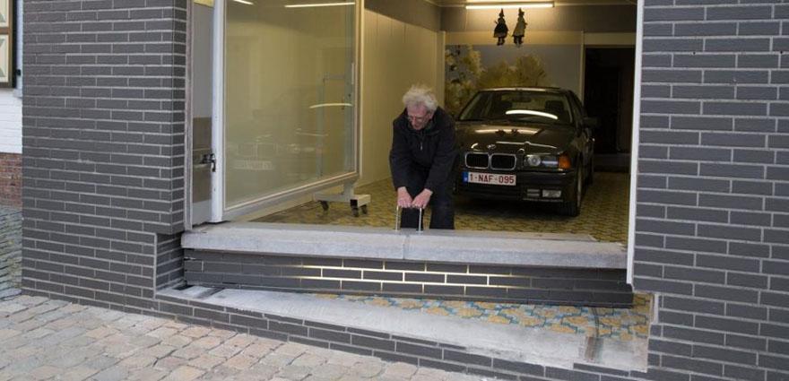 secret-garage-door-city-council-permit-eric-vekeman-3