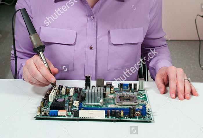 stock-image-fail-soldering-iron-bob-byron-3