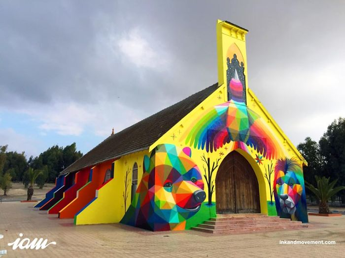 Street Art – Okuda Decorates A New Church With Its Colorful Creations
