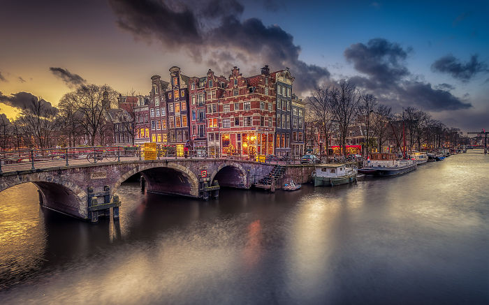Take A Breath Of The Old Days By Looking At My Photos Of Amsterdam At Night