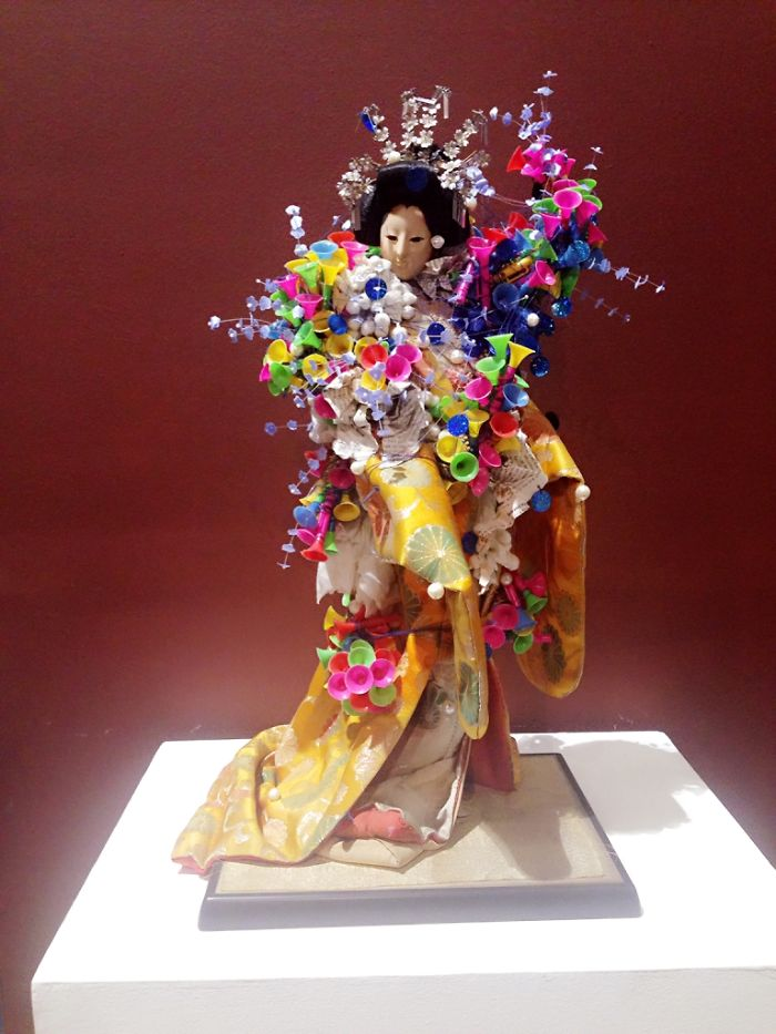 This Filipino Artists Jazz-up Old Geisha Dolls Using Junk Materials, And The Result Is Amazing!