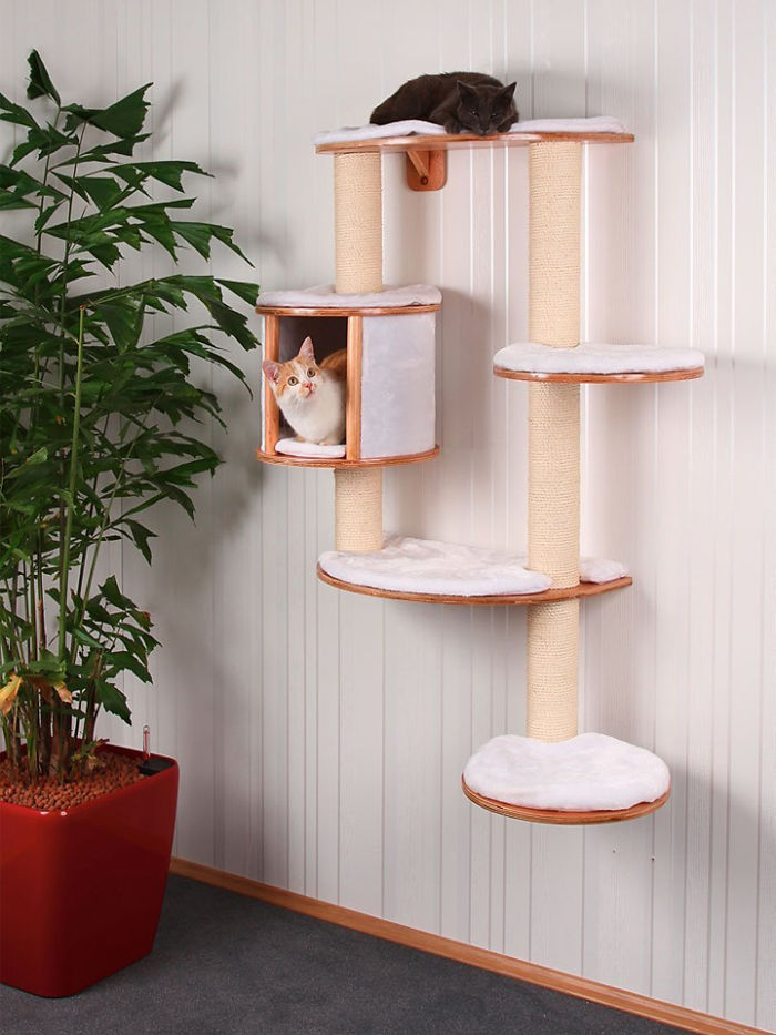 The Kerbl Dolomit Pro Cat Tree