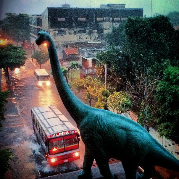 travel-photography-dinosaur-toys-dinodinaseries-jorge-saenz-141