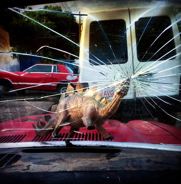 travel-photography-dinosaur-toys-dinodinaseries-jorge-saenz-155