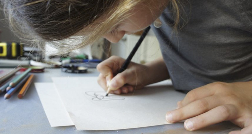 two-artist-moms-are-turning-the-childrens-art-to-unique-silver-jewelries (12)
