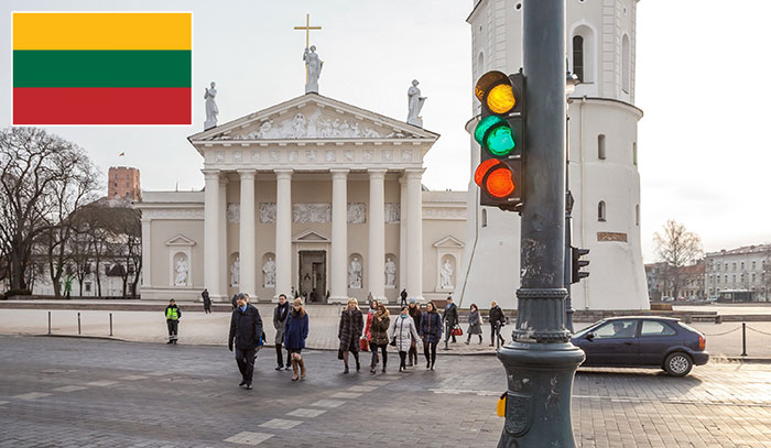 Vilnius Traffic Lights Adopt The Colors Of The Lithuanian Flag To Celebrate The Independence Day