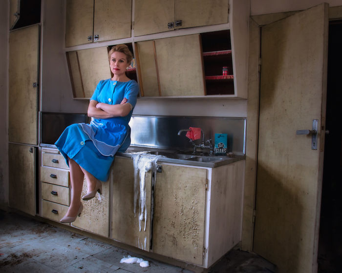 I Created An Alternative 1950's Homemaker