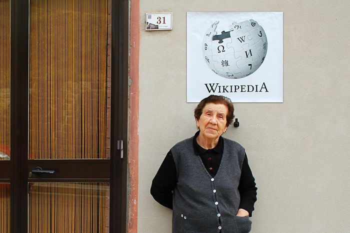 Wikipedia - The Old Storyteller Of The Village