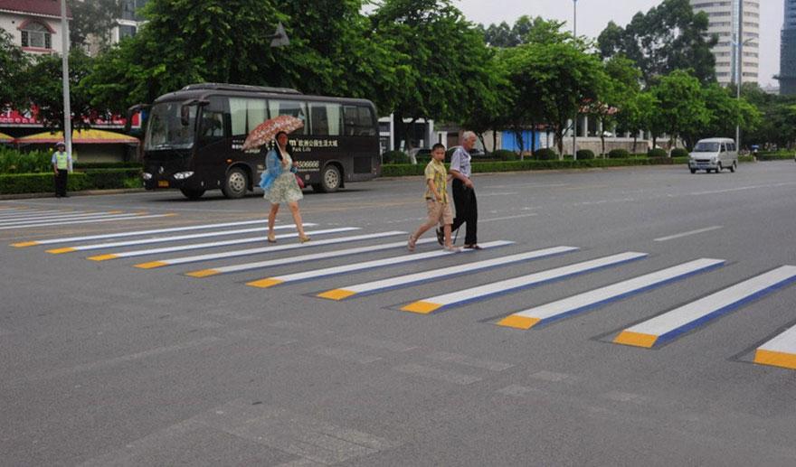 3d-street-art-prevent-speed-breakers-india-5