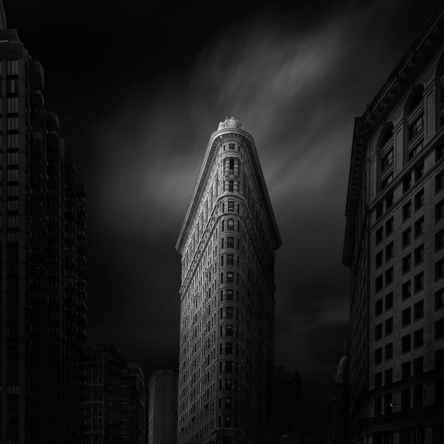 famous new york city landmarks in haunting black and white photos bored panda. Black Bedroom Furniture Sets. Home Design Ideas