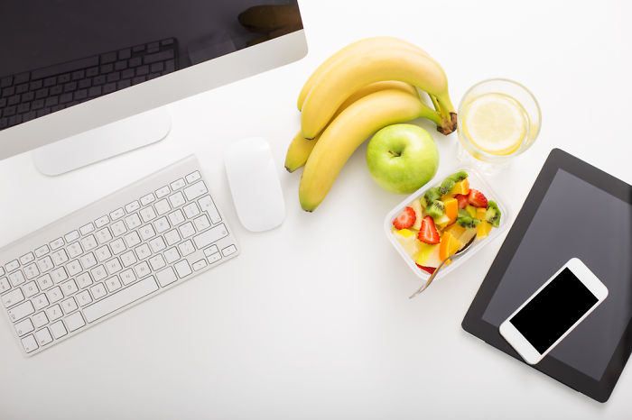 9 Ways To Promote Healthy Eating In The Workplace #worldhealthday