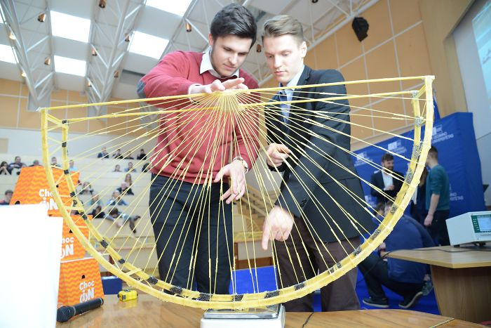 Using Only Pasta And Glue, Students Build Bridges Capable Of Carrying At Least 251kg