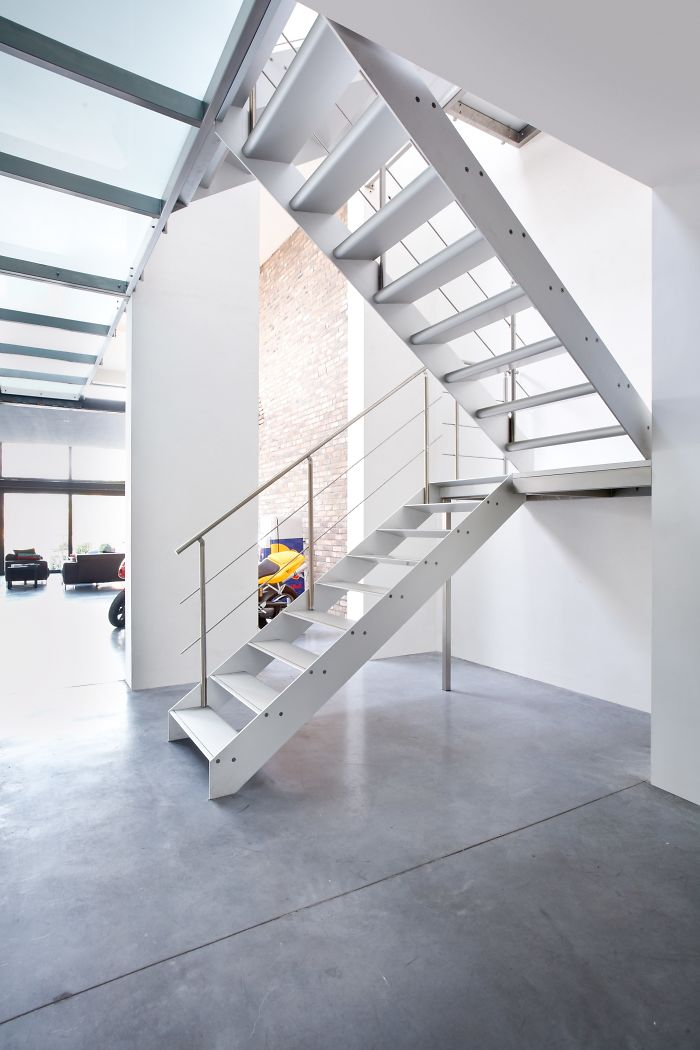Sustainable Stairs In Aluminum