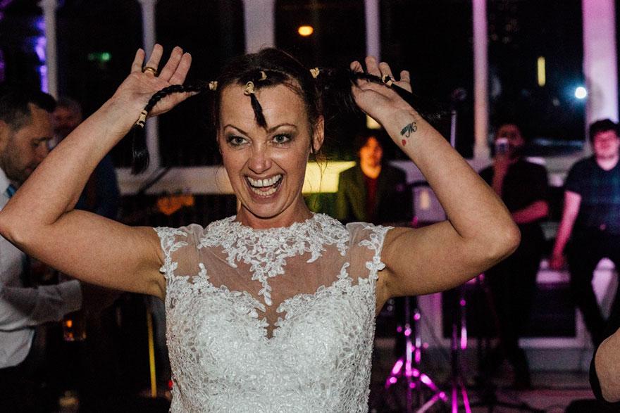 bride-shaves-hair-cancer-terminally-ill-husband-craig-joan-lyons-11