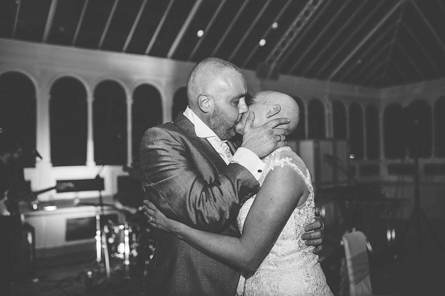 bride-shaves-hair-cancer-terminally-ill-husband-craig-joan-lyons-16