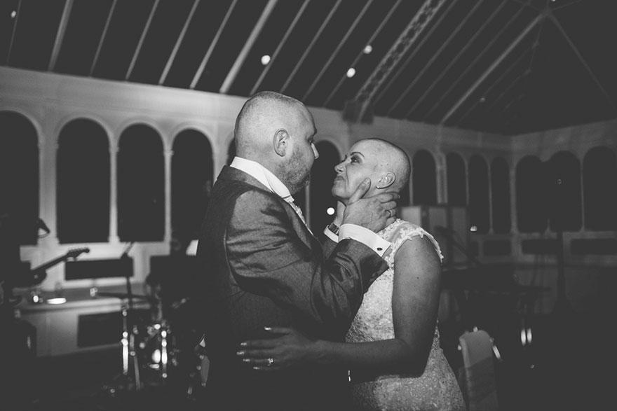 bride-shaves-hair-cancer-terminally-ill-husband-craig-joan-lyons-8
