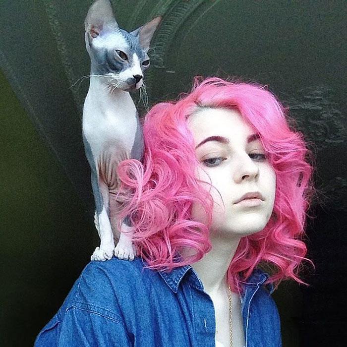 cat-hairstyle-shaved-back-head-katichka--2