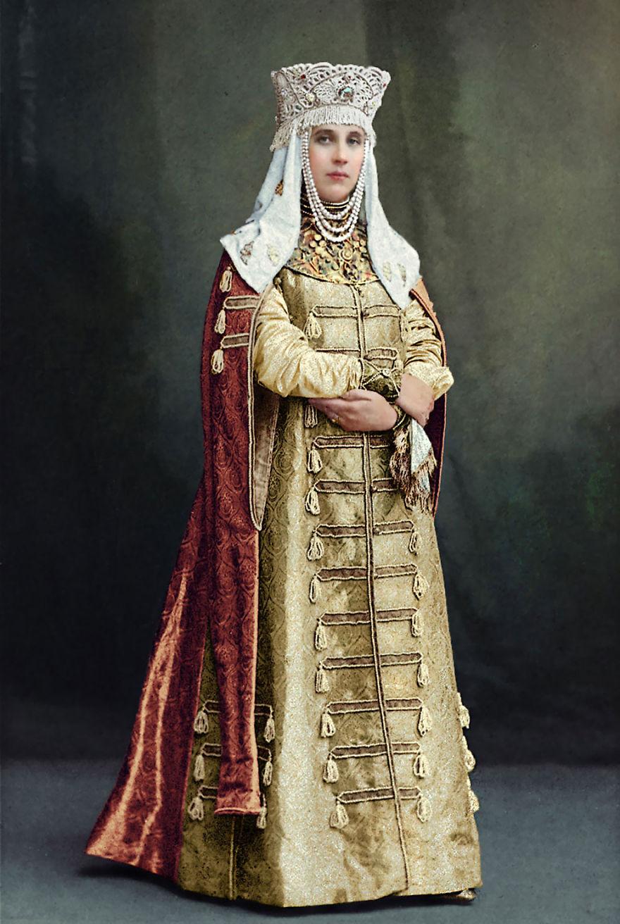La Comtesse Elisabeth Moussine-Pouchkine, 1903