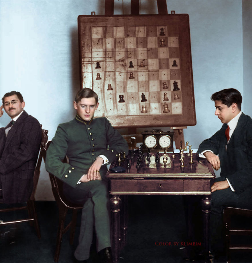 Jose Raul Capablanca Vs Alexander Alekhine, 1913
