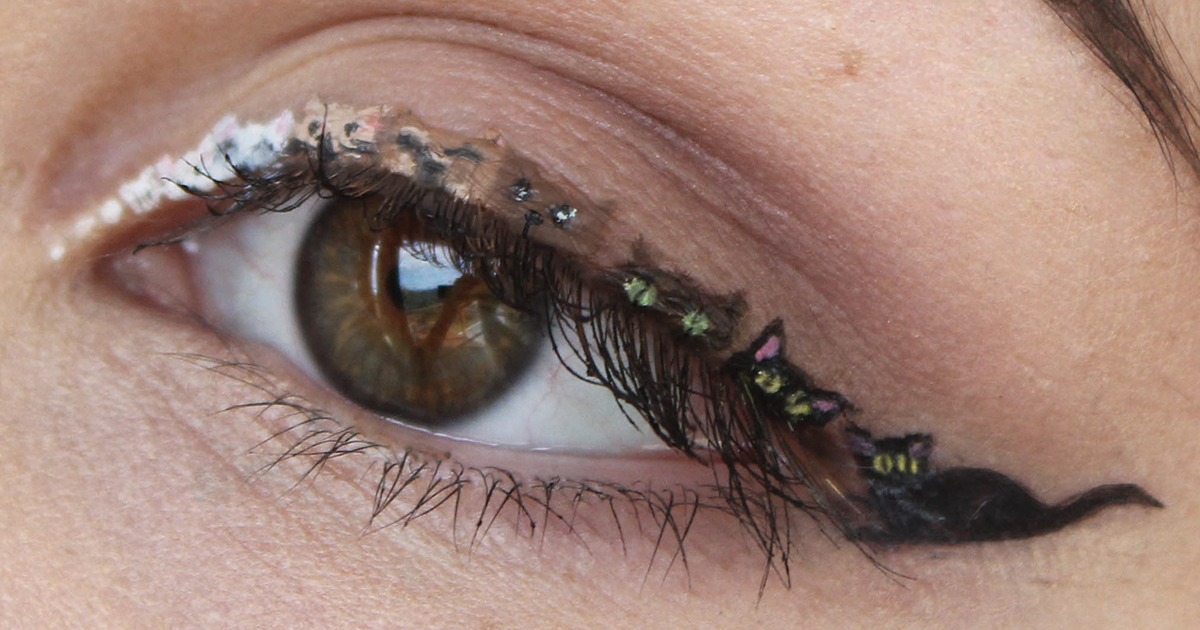 Makeup For Ants I Create Tiny Paintings On My Eyes Bored Panda