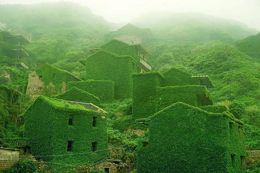 Abandoned Fishing Village In Shengsi, China