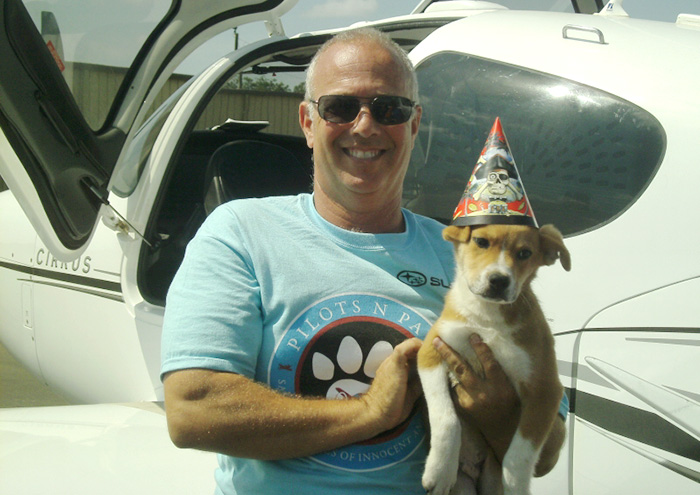 flying-animals-plane-jeff-bennett-pilots-n-paws-20