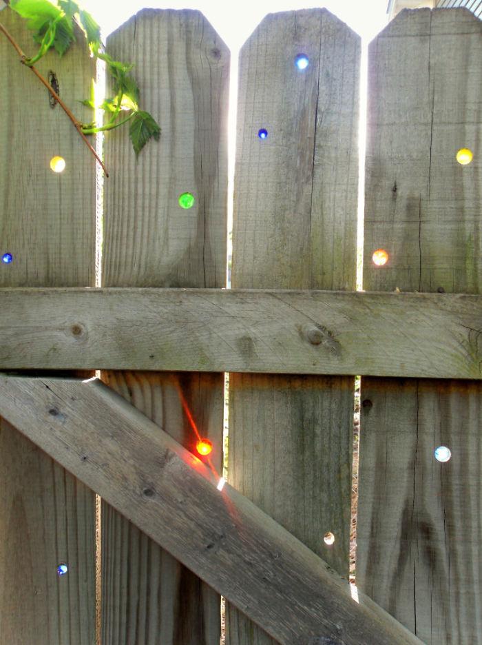 Marble Fence Decor