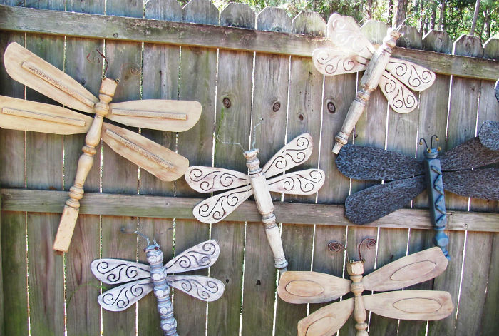 Wooden Dragonflies Fence Decor