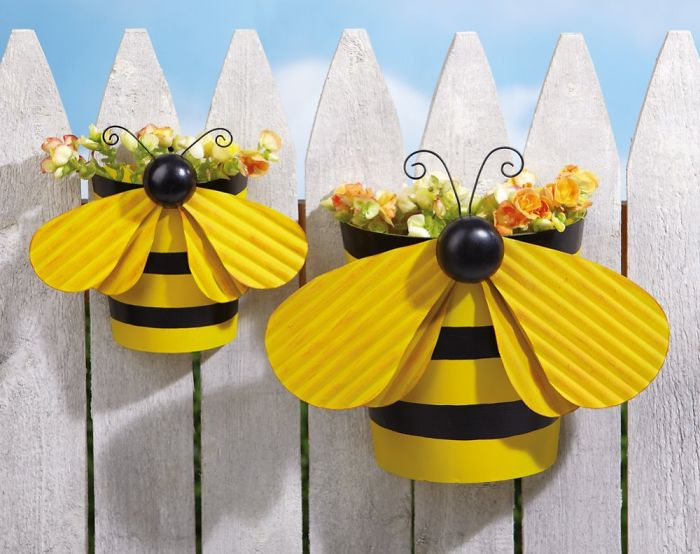 Bee Flower Pot Fence Decor