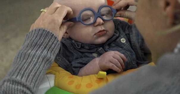 glasses-baby-sees-mother-first-time-smiles-leopold-wilbur-reppond-2b