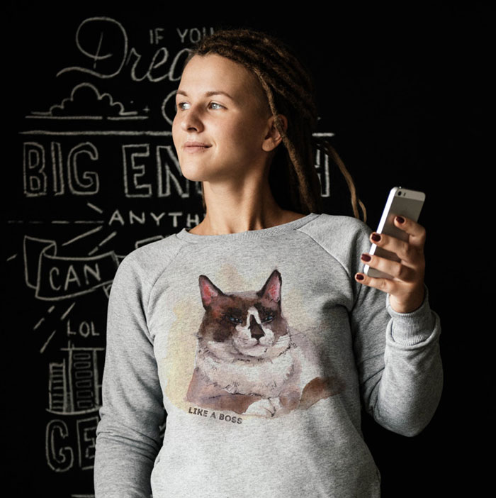 I Made A Sweatshirt With My Adopted Cat's Portrait To Help Homeless Animals