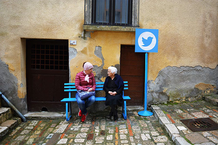 Internet In Real Life: Italian Village Turned Into Web 0.0 By Biancoshock