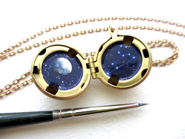 miniature-astromony-oil-painting-jewelry-rustic-lockets-khara-ledonne-20