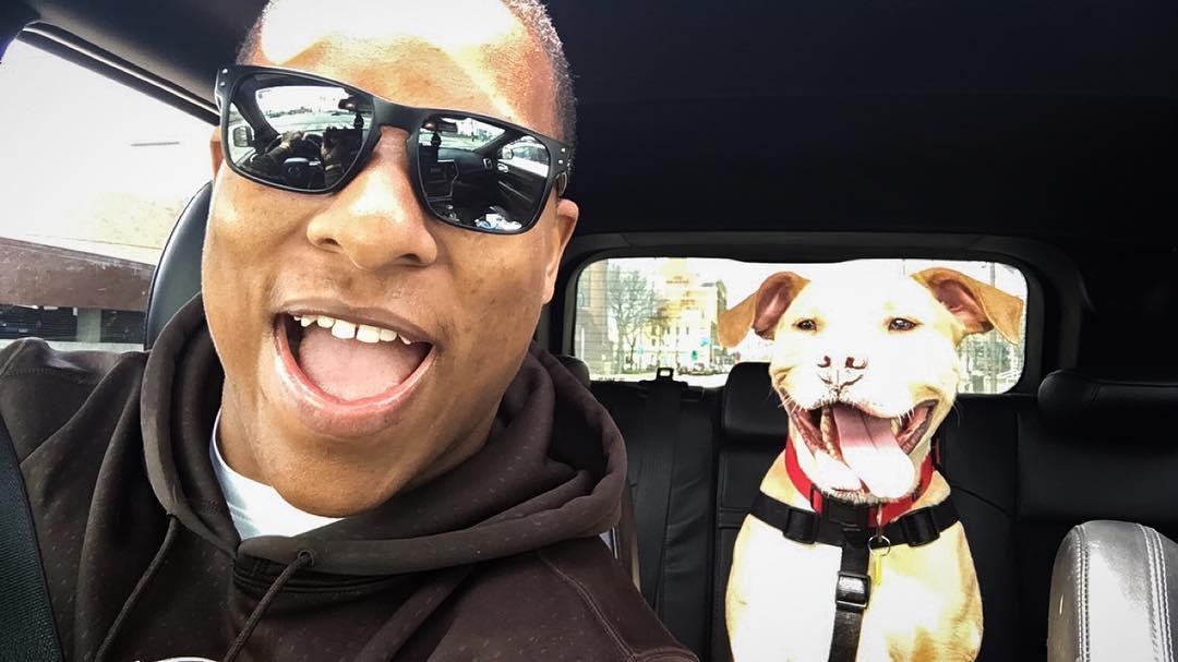 nfl-player-adopts-pit-bull-smiling-dog-selfie-declan-terrell-watson-7