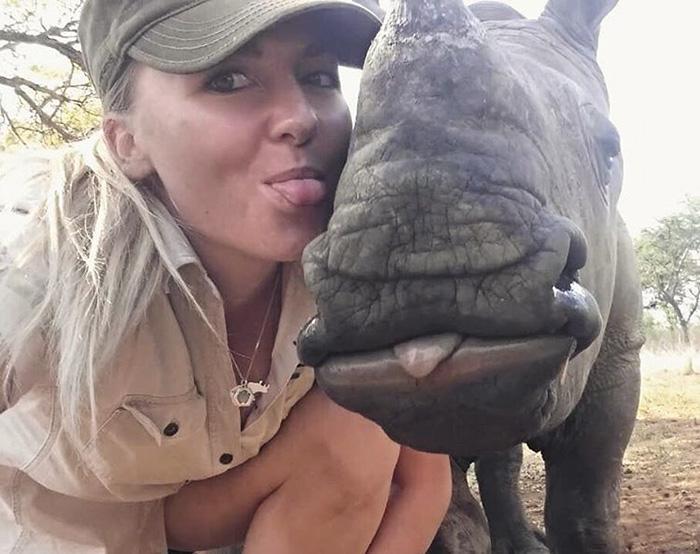 orphan-baby-rhino-sleeps-with-human-kabelo-laure-ellison-orphanage-14