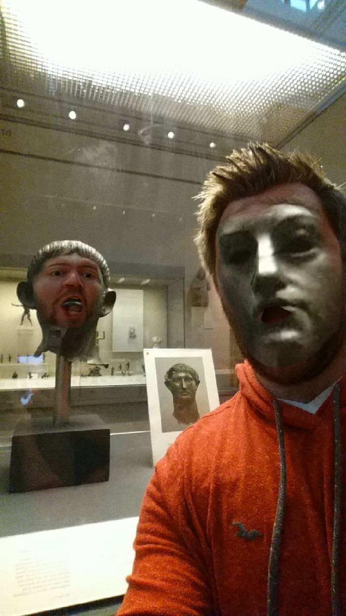 My Friend Went To The Museum And Tried Face Swap, The Result Is Hilarious (11 Pics)