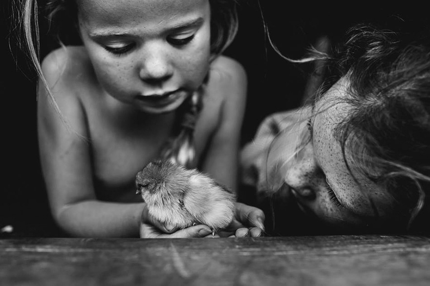 raw-childhood-without-electronic-devices-niki-boon-new-zealand-44